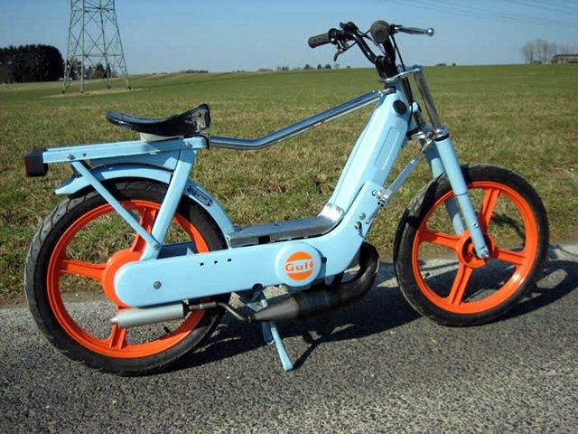 Piaggio Ciao Logo The 2006 Piaggio Ciao Moped